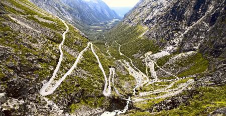 De vijf meest avontuurlijke, opvallende en gevaarlijke wegen ter wereld