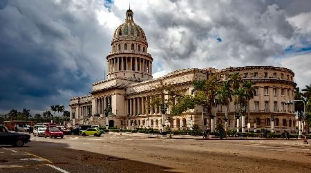 Met je havana op de veranda in Cuba