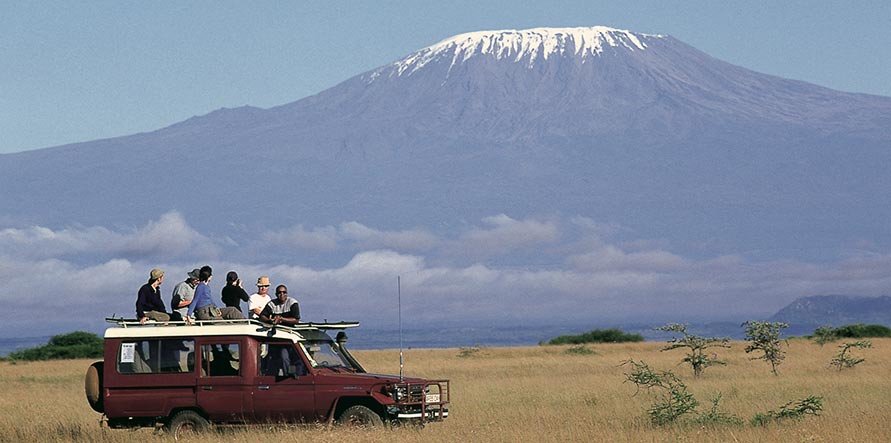Sfeerimpressie Kenia en Tanzania: Kleurrijke Maasai en veel, heel veel dieren